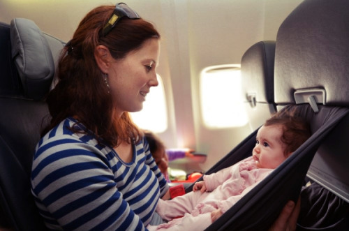 Nine tips for a stress-free air travel with your baby
